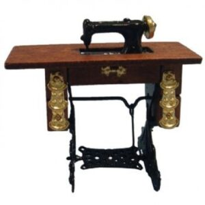 d030 Sewing Machine with Table