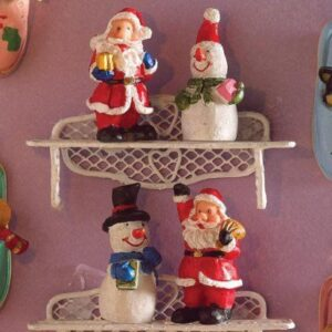 Christmas Festive Figurines 4790